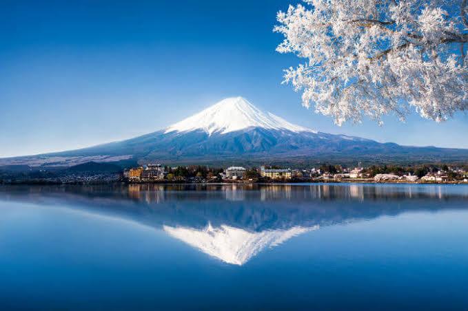 กิน เที่ยว นอน แบบญี่ปุ่น แสนอบอุ่นกับคนรู้ใจ